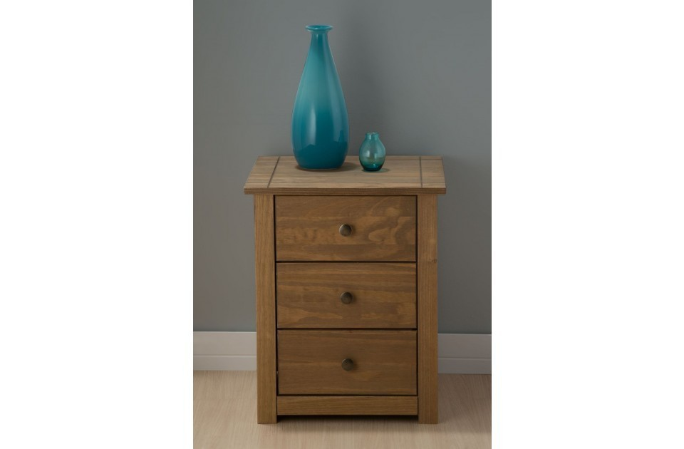 /_images/product-photos/birlea-santiago-3-drawer-bedside-a.jpg