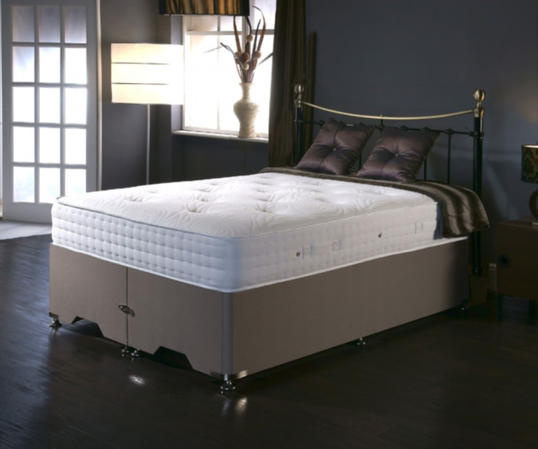 /_images/product-photos/dreamland-beds-balance-1000-mattress-a.jpg
