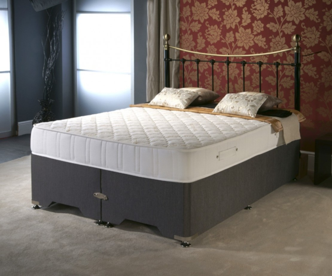 /_images/product-photos/dreamland-beds-dreamgel-2000-mattress-a.jpg