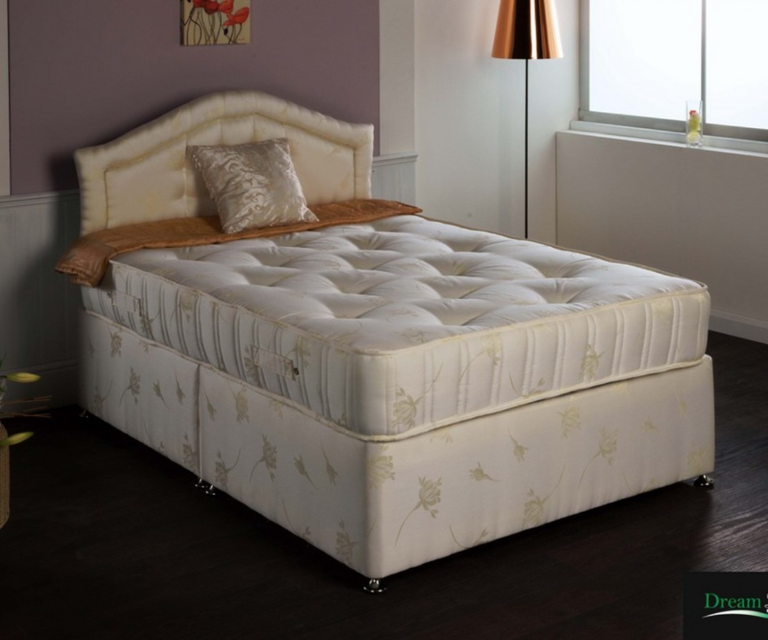 /_images/product-photos/dreamland-beds-luxury-supreme-mattress-a.jpg