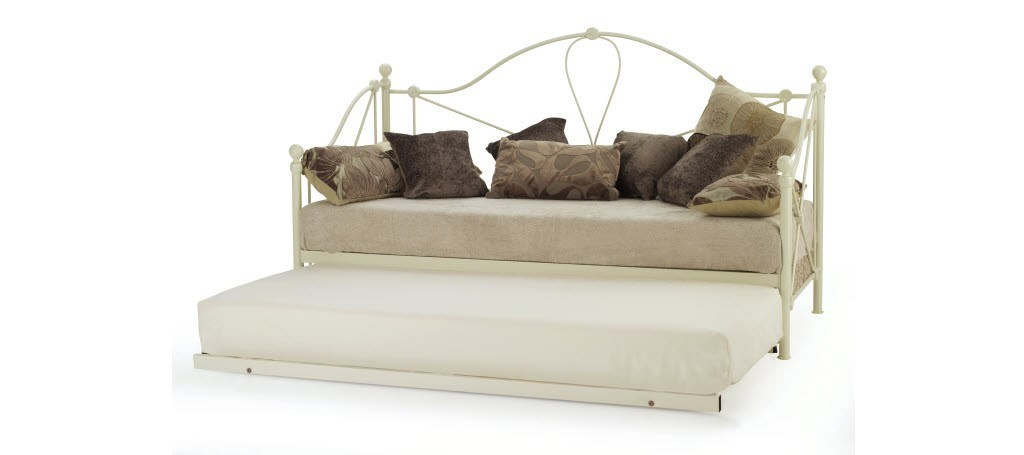 /_images/product-photos/serene-furnishings-lyon-ivory-day-bed-with-guest-bed-a.jpg