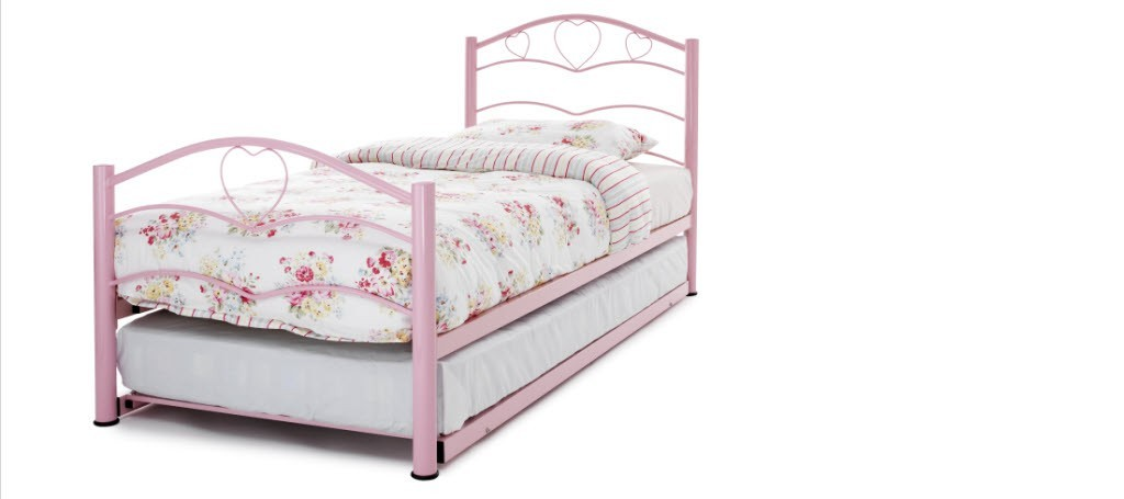 /_images/product-photos/serene-furnishings-yasmin-pink-with-guest-bed-a.jpg